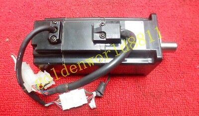 Yaskawa AC servo motor SGMAH-02A1A-SM21 good in condition for industry use