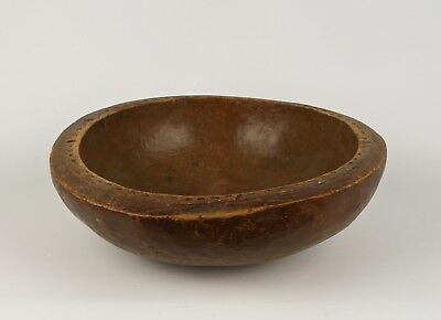 A Nigerian Carved Wood Bowl, (possibly Nupe), Early 20th Century.