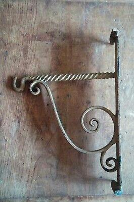 Large Heavy Antique Cast Iron Wall Bracket