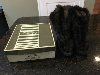 Vintage 40's Women's Gaytees High Heel Rabbit Fur Trim Rain Boots size 6 w/box