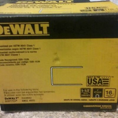 DEWALT 1-1/2 in. x 16-Gauge Glue Collated Galvanized Staple 2000 per Box