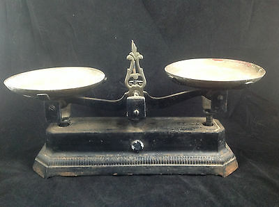 Antique/Vintage Cast Iron Balance Scale W/Two Copper Trays