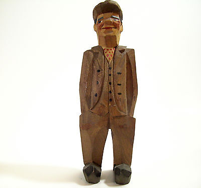 Vintage WOOD Hand Carved and Painted MAN in SUIT Newsboy CAP Great Detail
