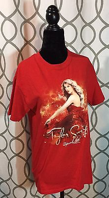 Taylor Swift 2011 Speak Now Concert T-Shirt- SMALL