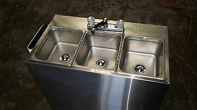 Portable Self Contained 3 Compartment Sink , Stainless, Food Truck Hot Water
