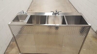 X-Large Portable Self Contained 4 Compartment Sink , Food Truck Hot Water