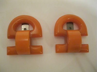 Vintage Large Geometric Design Pair Butterscotch Bakelite Fur Dress Clips