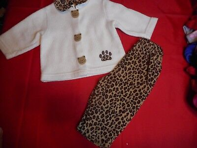 ~Baby Girl Leopard Fleece Outfit..12 Months...3.99