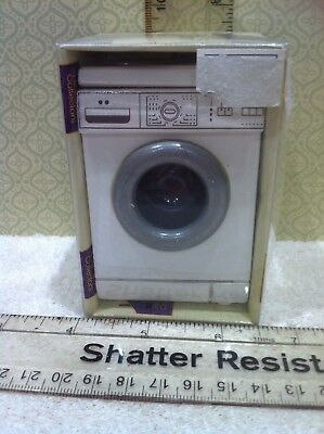 Dolls House 1:12th Scale Freestanding Washing Machine. Opening Front Loader