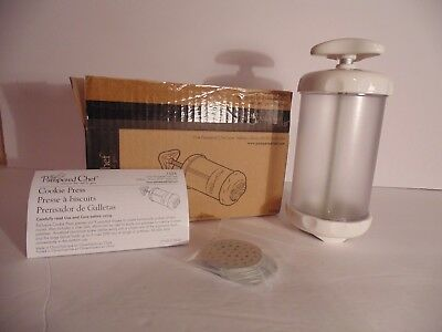 Pampered Chef Cookie Press #1526 with 9 Shapes Christmas Baking Holidays NEW