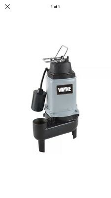 "Wayne WCS50T - 1/2 HP Cast Iron Sewage Pump (2"") w/ Piggyback Tether Float"