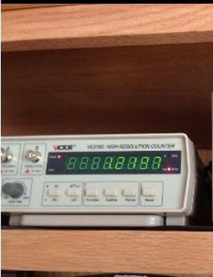 RF Frequency Counter Audio Signal Generator Radio Meter 0.01Hz-2.4GHz Tester NEW