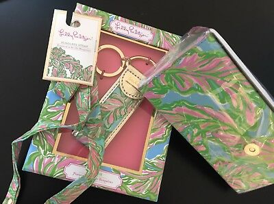 "Lilly Pulitzer Accessory Set In ""Featured In The Bungalows"""