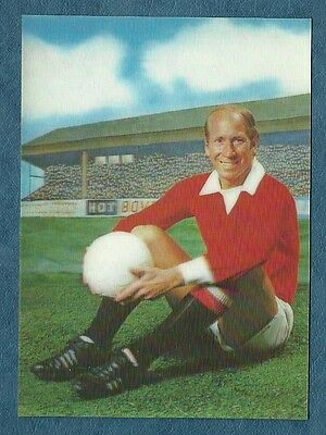 BOBBY CHARLTON - MANCHESTER UNITED - The SUN 3-d Gallery of Football Stars