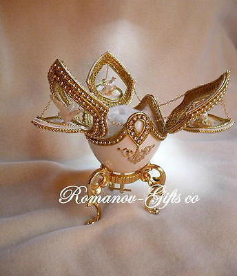 """Russian Imperial Wedding """"DOVES of LOVE"""" Music Box Egg & red pendant Necklace"""