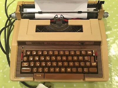 Smith Corona Super Sterling 3L Electric Typewriter - Works but needs attn