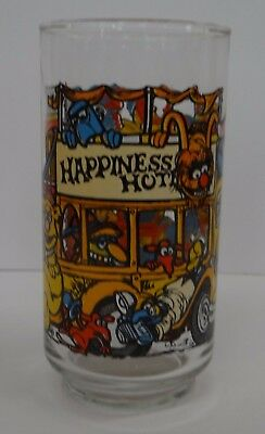 1981 THE GREAT MUPPET CAPER, McDonalds Collection HAPPINESS HOTEL Drinking Glass