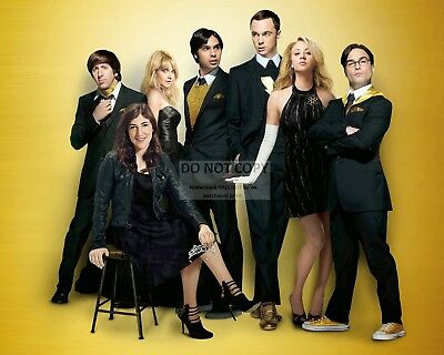 """""""The Big Bang Theory"""" Cast From Cbs Tv Sitcom - 8X10 Publicity Photo (Op-640)"""