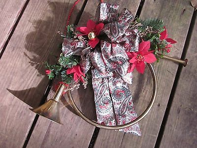 """Christmas Holiday Brass Horn Decoration Wreath Door Wall Hanging Vintage Bow 21"""""""