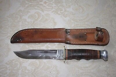 Vintage KABAR 1207 Knife with Sheath with Leather Handle Hunting Fishing