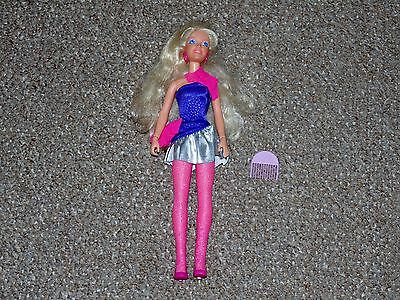 1987 Hasbro Jem & the Holograms Rock 'n Curl Jem with Some Accessories