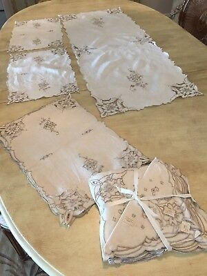 Linen Ecru Hand Embroidered Cutwork 8 Placemats 8 Napkins & Runner