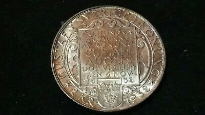 1932 . Sweden . Two Kronor . 2 kr . Brilliant Uncirculated . GEM  UNC  BU  MS