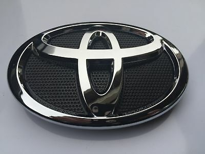 New 2007-2009 Toyota Camry Hood Grill Chrome Grille Emblem 75311-06060 Badge