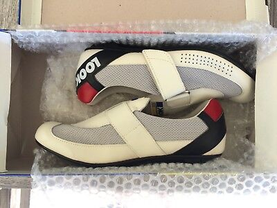 Brand New Boxed Look Ladies Racing Cleated Shoes with velcro US Size 7