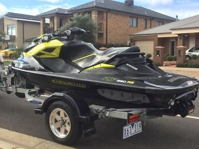 JETSki SEADOO RXP RS 260 Supercharged 2014 one owner as new