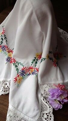 VINTAGE HAND EMBROIDERED - WHITE LINEN TABLECLOTH ~fabulous embroidery lace edge
