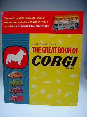 """the Great Book Of Corgi  Lim. Edition""  + London Routemaster Bus, Neu/new/neuf"