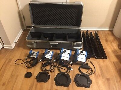 As Arri 150W/300W/2 650W Tungsten Lights +Stands*4 +Dimmers*4 + hard case