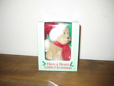 "BOYD'S HAVE A BEARY LITTLE CHRISTMAS GIFT BOX comes w/3"" BEAR & 32 PAGE BOOKLET"