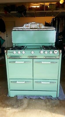 RARE!!! O'Keefe and Merritt 1950's Gas Stove- oven Amazing completly restored