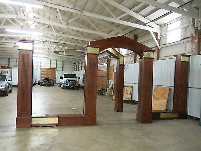 Decorative Wood Columns W/ 2 Archways