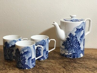 Chinese Blue and White Porcelain Teapot and Cups