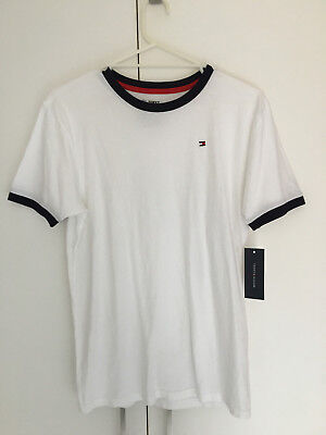 Boys / Teens Tommy Hilfiger T-Shirt - Size XL (or small mens)