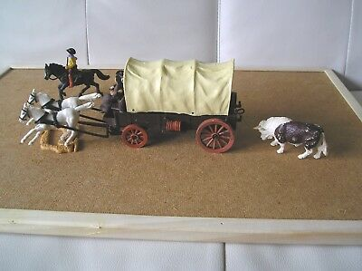 1:32 Timpo -  Original Covered Wagon  -  With Pioneer Couple, Outrider And Bull