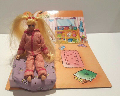 "Sailor Moon Serena Usagi in Pajamas 6"" Doll with Bed Vintage Cute! SMOKING HOME"