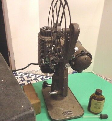 Vintage Revere Camera Company Model 85 Movie 8mm Film Movie Projector + OIL