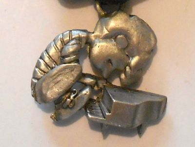 "Schroeder Pewter ?  Pendant Peanuts Vintage 1-5/8"" Playing Piano"