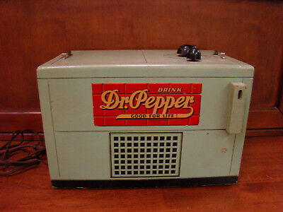 1930's -1940's Dr. Pepper Wood Chest Cooler Radio
