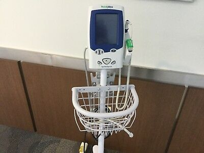 Welch Allyn Spot Vital Sign LXi Monitor With Cart Model 450T0