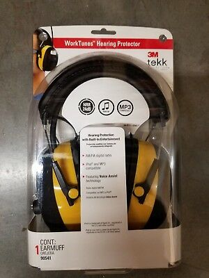 3M WorkTunes HEARING PROTECTOR MP3/IPOD COMPATIBLE AM/FM - 90541 - Brand New!