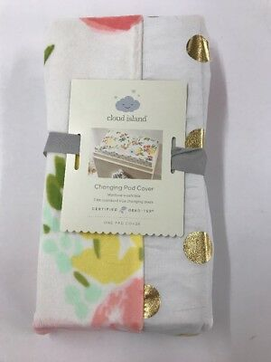 Plush Changing Pad Cover Floral - Cloud Island™ - Gold (2f)