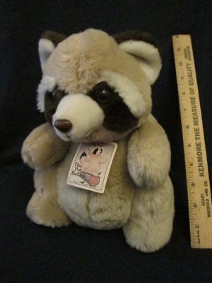 """10"""" DAEKOR Vintage 1980 THE POT BELLIES Plush RACCOON with TAGS"""