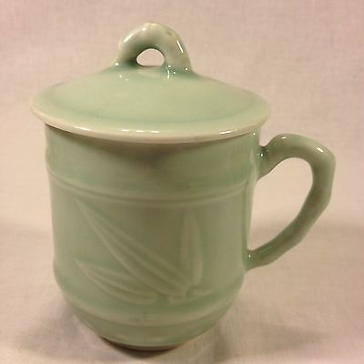 Chinese Celadon, Bamboo Embossed Covered Tea Mug (10 oz.) - (Lot#23CHTC)