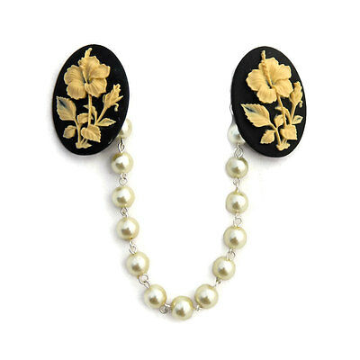 Black and Ivory Hibiscus Sweater Clip