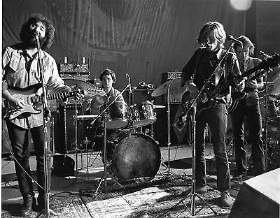 The Grateful Dead   1970    8X10 Photo  #64
